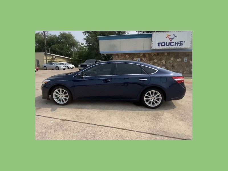 Toyota Avalon 2013 price $10,900