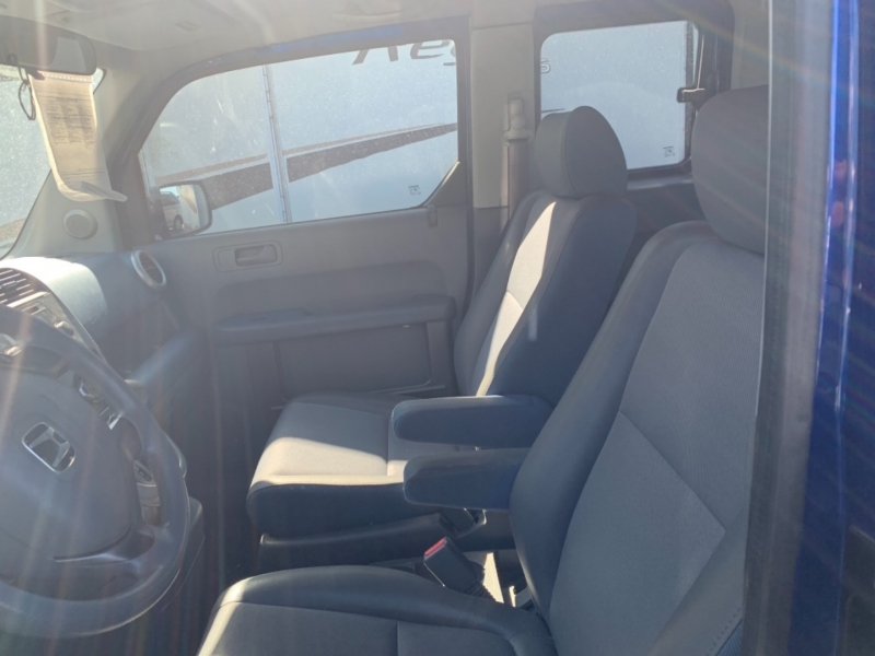 Honda Element 2004 price $2,950