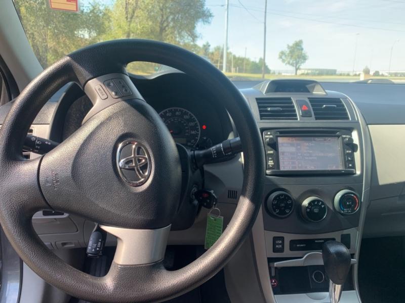 Toyota Corolla 2013 price $7,900