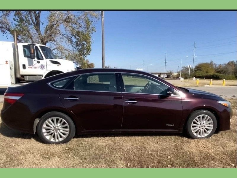Toyota Avalon Hybrid 2013 price $8,995