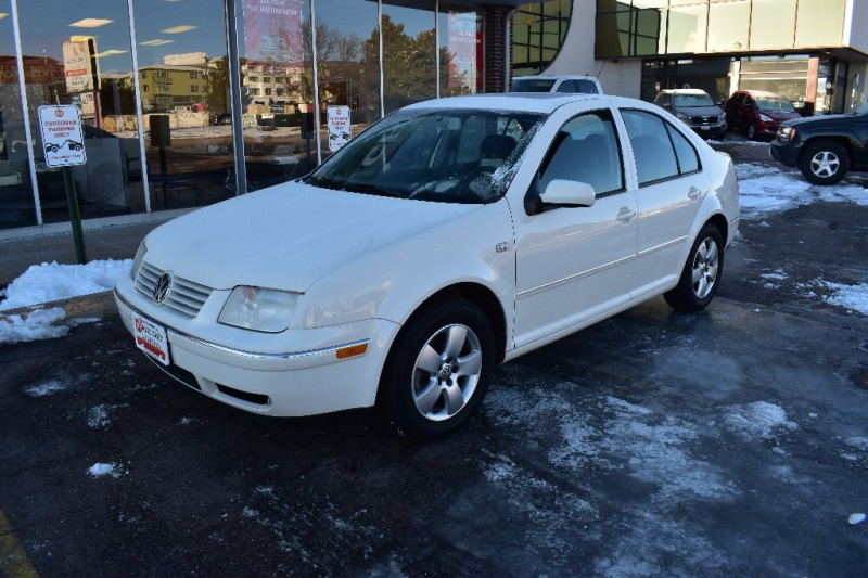 Volkswagen JETTA 2004 price Call for Pricing.