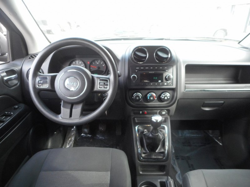 Jeep COMPASS 2011 price Call for Pricing.