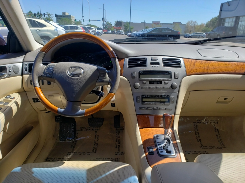 Lexus ES 330 2005 price Call for Pricing.