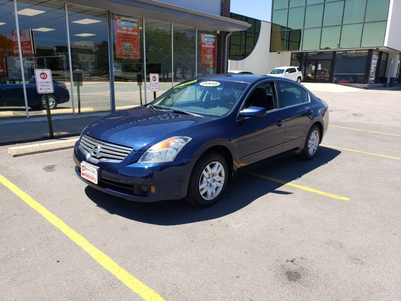 Nissan Altima 2009 price Call for Pricing.