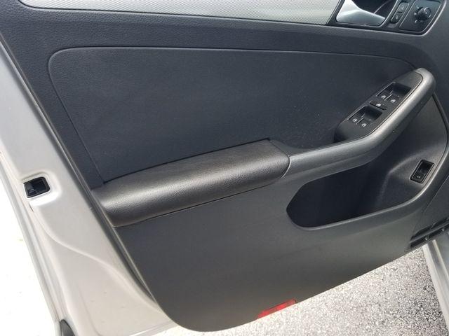 Volkswagen Jetta 2015 price $7,500