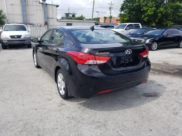 Hyundai Elantra 2012 price $6,200