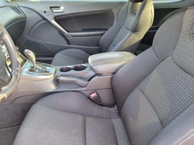 Hyundai Genesis Coupe 2012 price $10,500