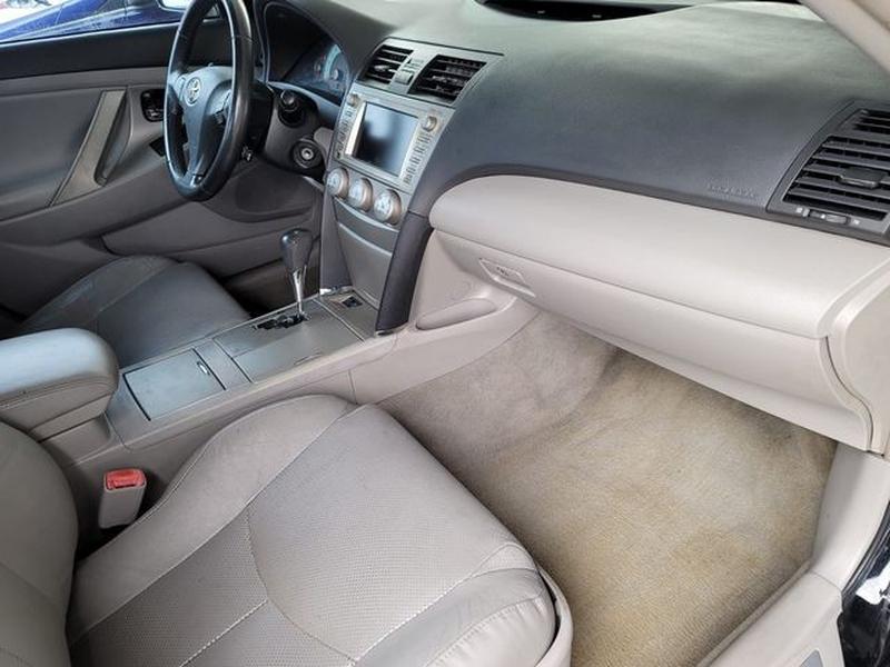 Toyota Camry 2011 price $9,500