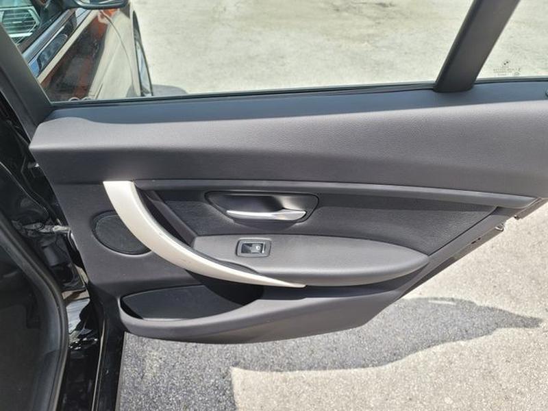 BMW 3 Series 2017 price $21,500