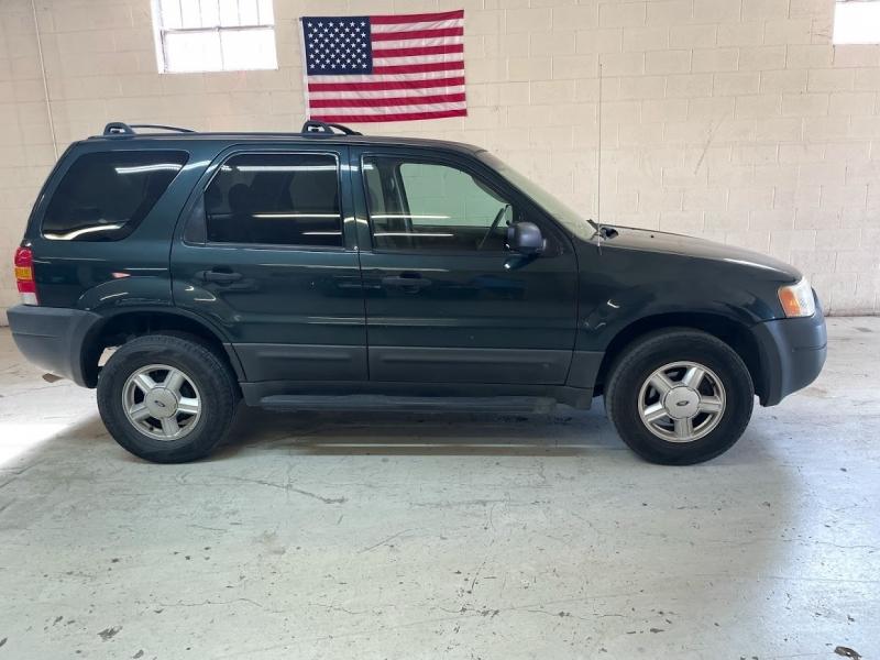 Ford Escape 2003 price $4,399