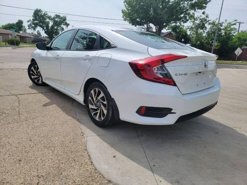 Honda Civic Sedan 2018 price $17,995