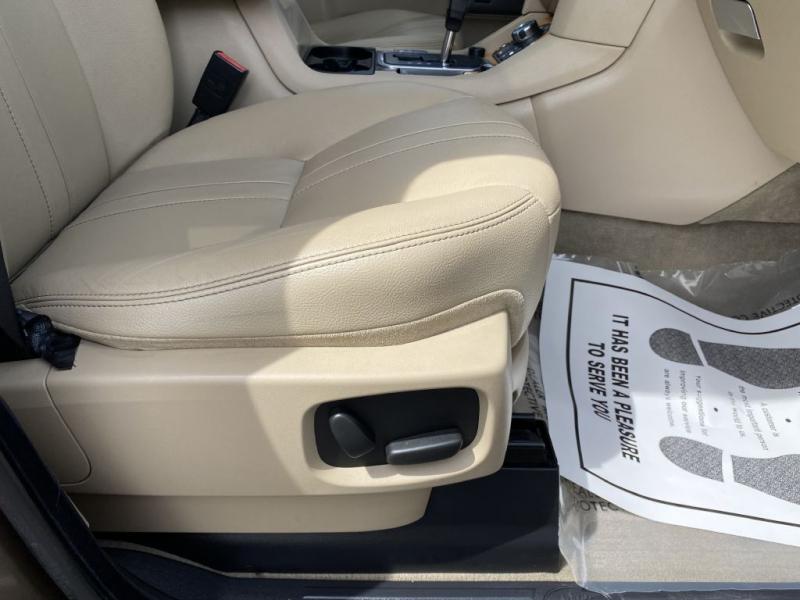 LAND ROVER LR4 2012 price $22,899