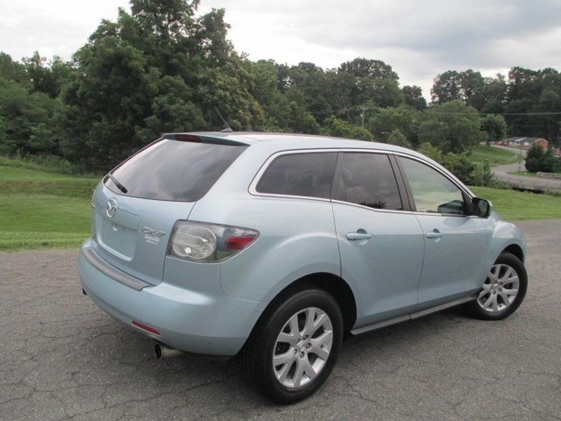 Mazda CX-7 2007 price $3,700