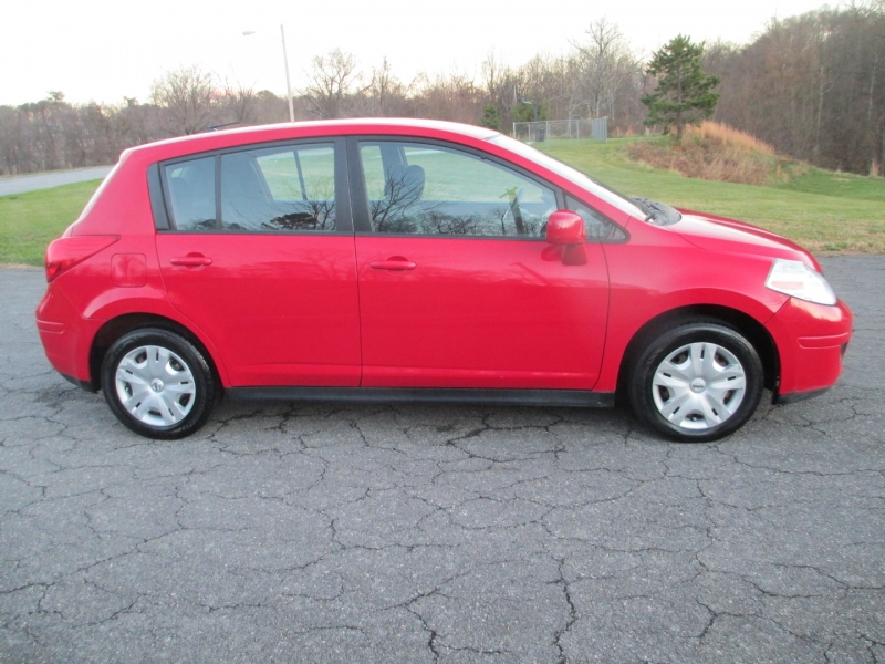 Nissan Versa 2012 price $4,395