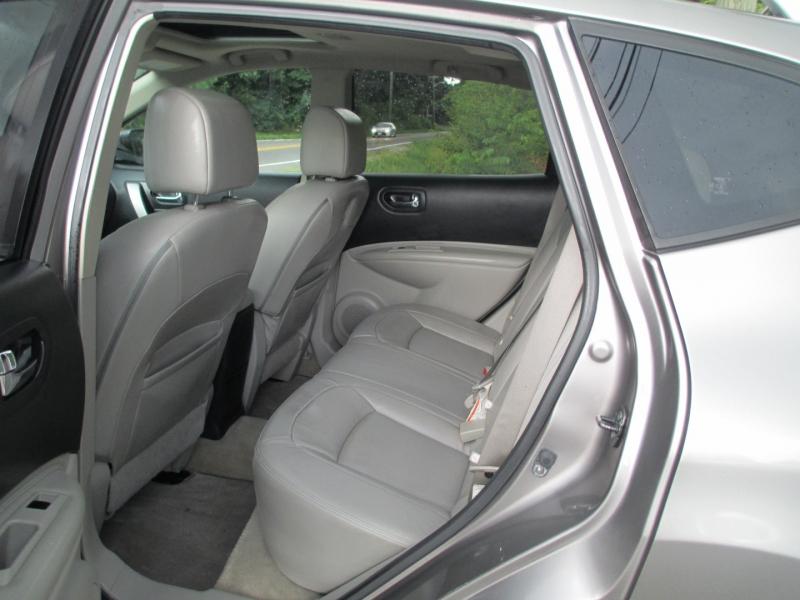 Nissan Rogue 2009 price $4,895