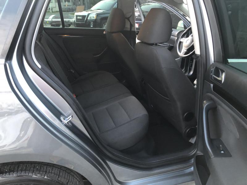 Volkswagen Jetta SportWagen 2012 price $11,995