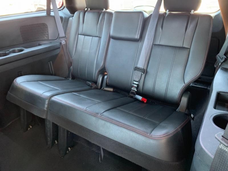 Dodge Grand Caravan 2016 price $15,995