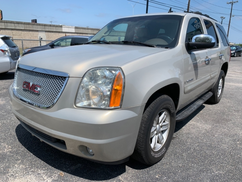 GMC Yukon 2007 price $11,995