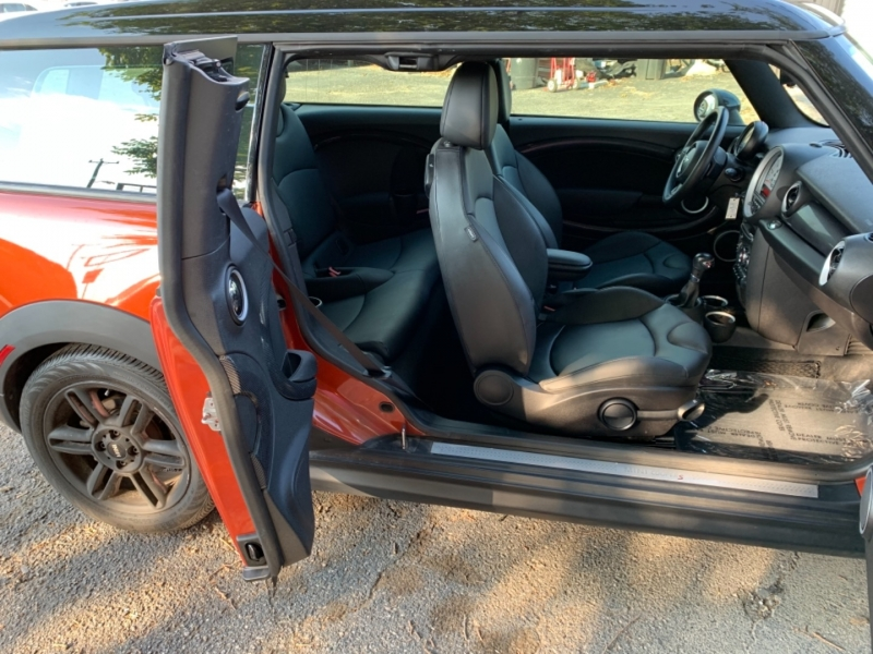 Mini Cooper Clubman 2014 price $14,995