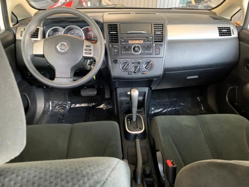 Nissan Versa 2010 price $5,000