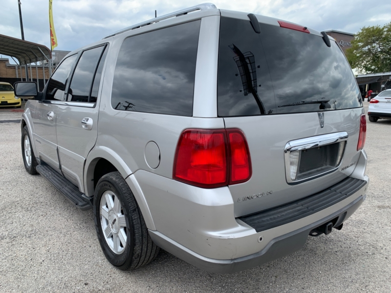 Lincoln Navigator 2003 price $3,500 Cash