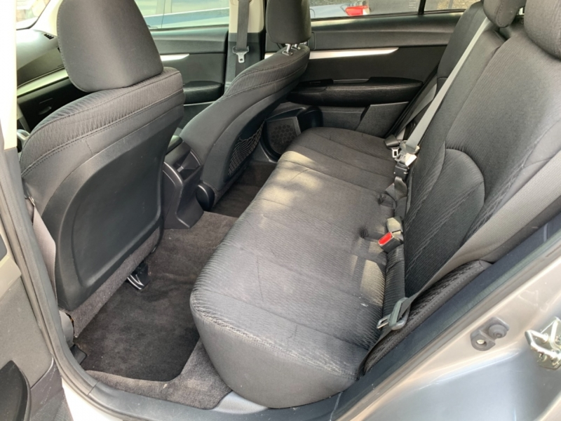 Subaru Outback 2010 price $8,995