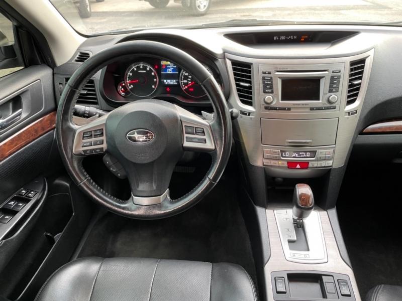 Subaru Legacy 2014 price $10,995