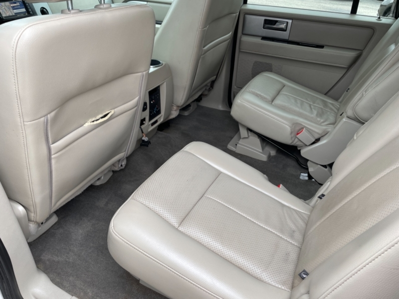 Ford Expedition EL 2014 price $17,995