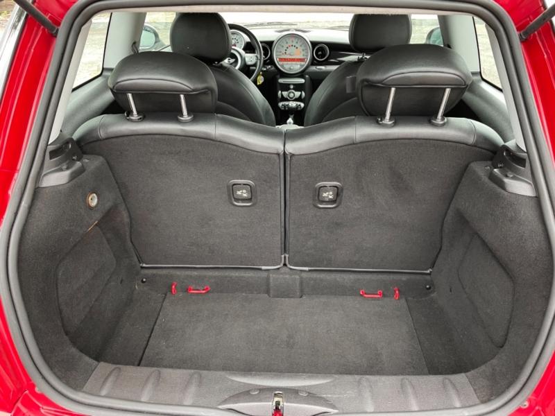 Mini Cooper Hardtop 2007 price $8,995