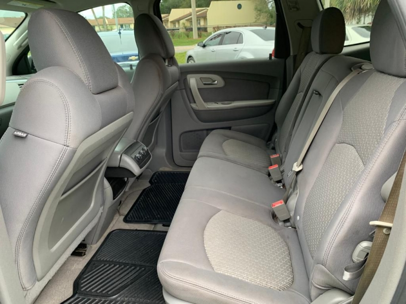 CHEVROLET TRAVERSE 2011 price $5,990
