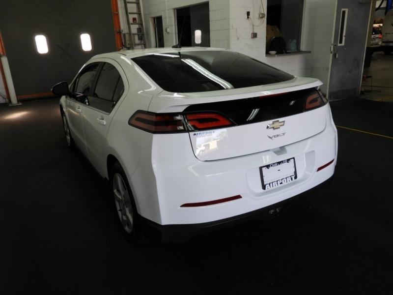 Chevrolet Volt 2014 price $8,998