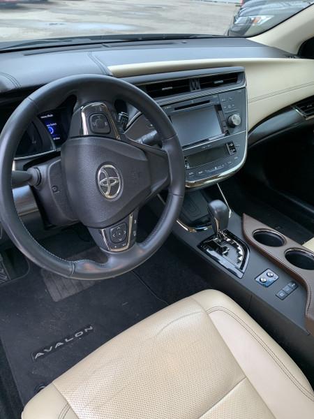 Toyota Avalon Hybrid 2016 price $18,998