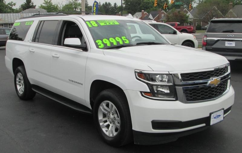 Chevrolet SUBURBAN LT 4X4 W / NAVI 2018 price $39,995