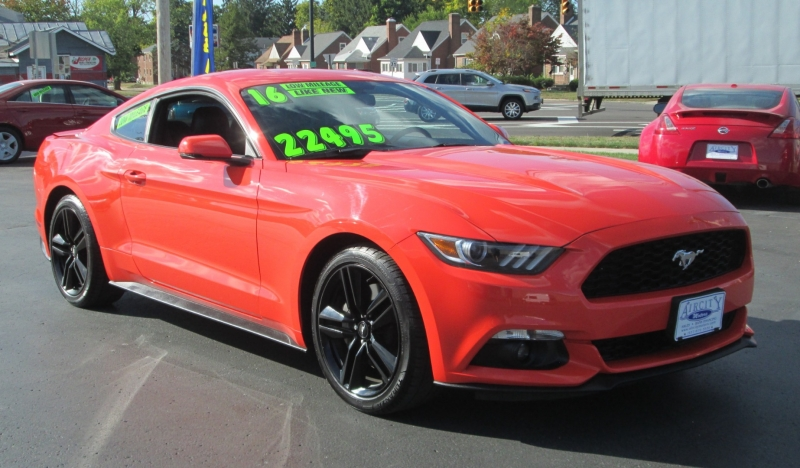 Ford MUSTANG FASTBACK 6-SPEED ECOBOOST 2016 price $21,995