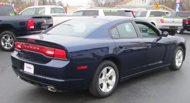 Dodge CHARGER 4DR SEDAN SE 3.6L 2014 price $11,995