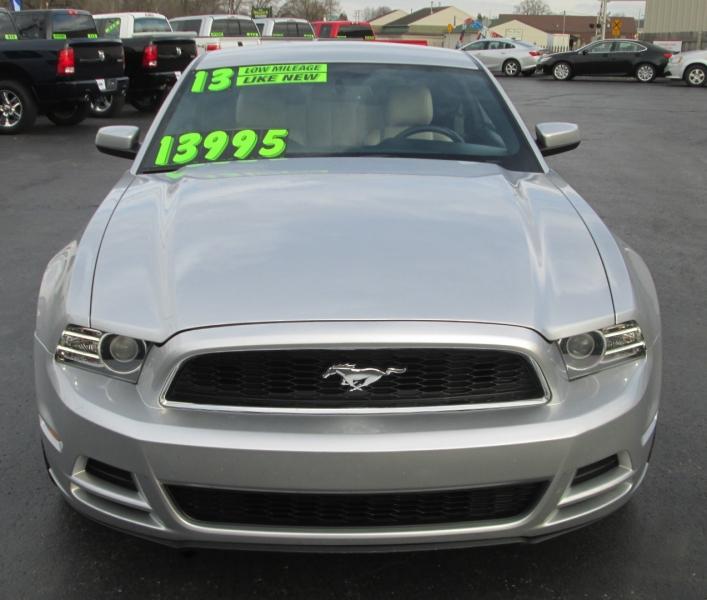 Ford MUSTANG V-6 PREMIUM 2013 price $13,995