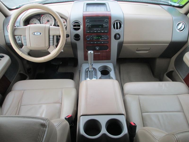 Ford F-150 SUPERCREW LARIAT 2006 price $11,495