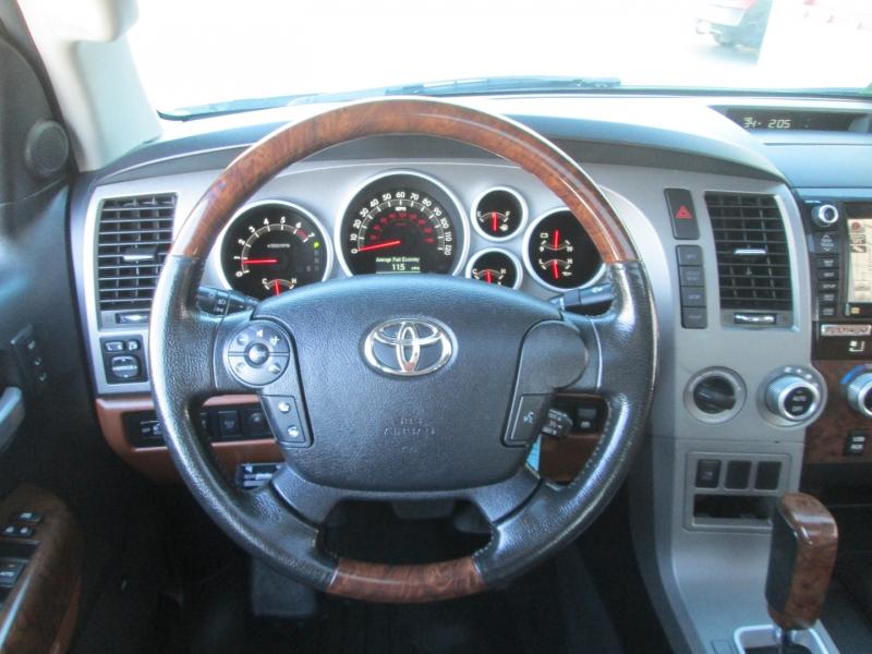 Toyota TUNDRA CREWMAX PLATINUM 4X4 2013 price $28,995