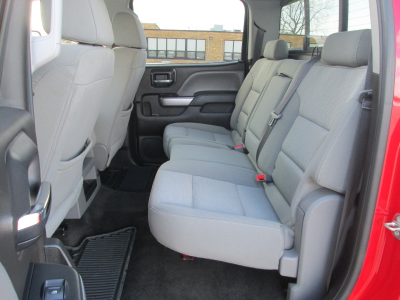 Chevrolet SILVERADO 2500HD DIESEL 4X4 CREW CAB LT 2017 price $39,995