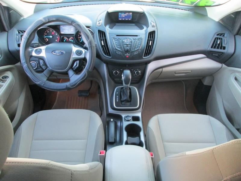 Ford ESCAPE SE 2013 price $9,995
