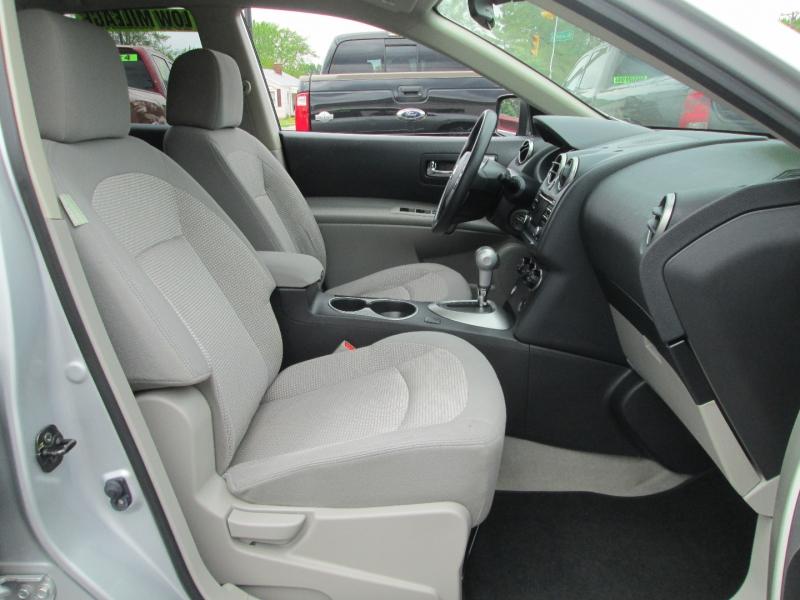 Nissan ROUGE SV AWD 2013 price $14,995