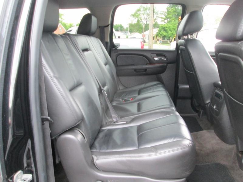 GMC YUKON XL SLT 4X4 2012 price $19,995