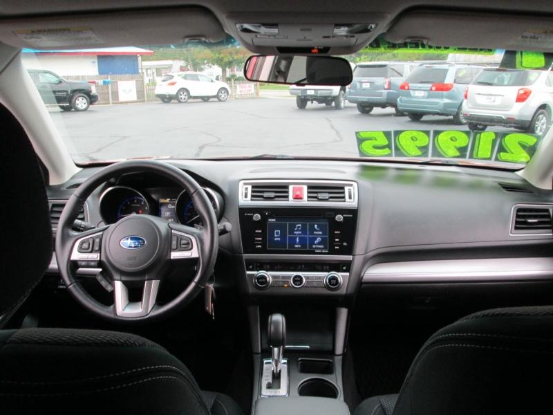 Subaru OUTBACK PREMIUM 2.5i AWD 2017 price $21,695