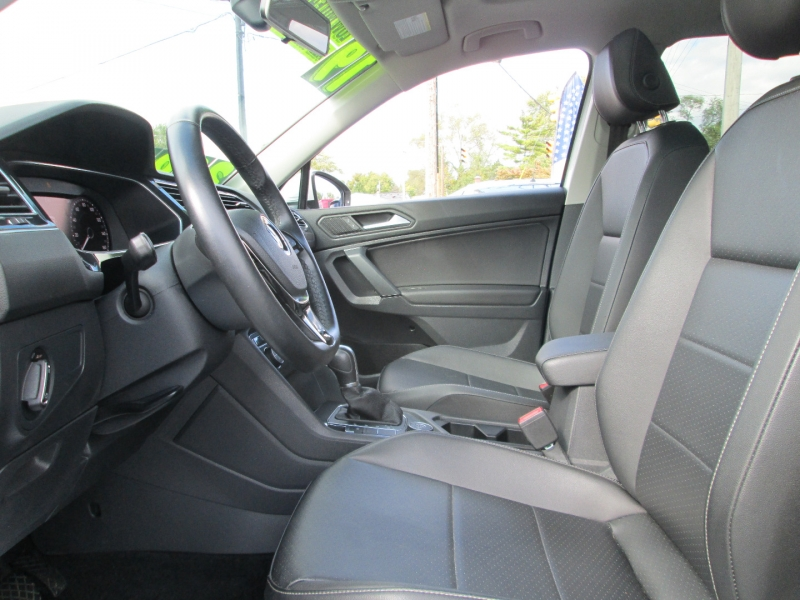 Volkswagen TIGUAN SEL 2.0T 4-MOTION 2019 price $32,995