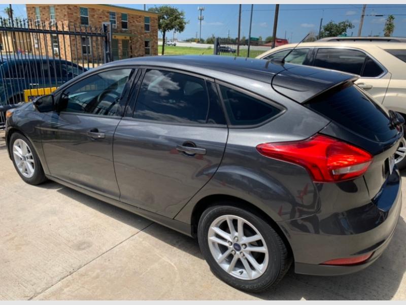 Ford Focus 2017 price $12,900