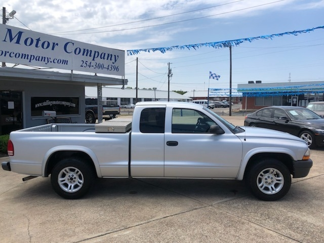Dodge Dakota 2004 price $5,995