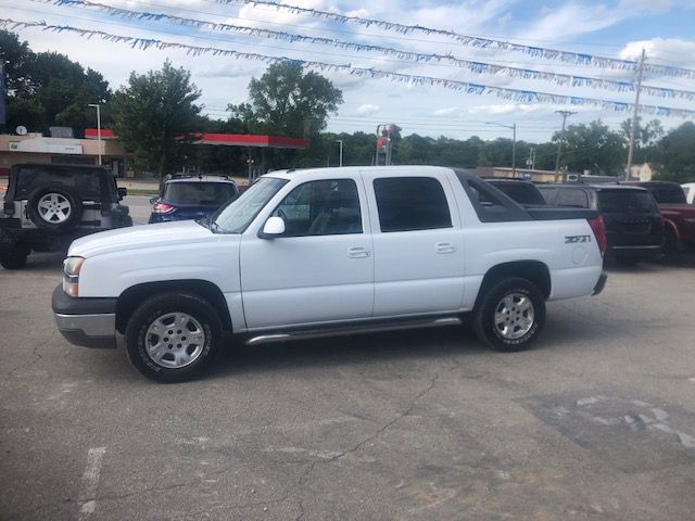 CHEVROLET AVALANCHE 2005 price $7,995