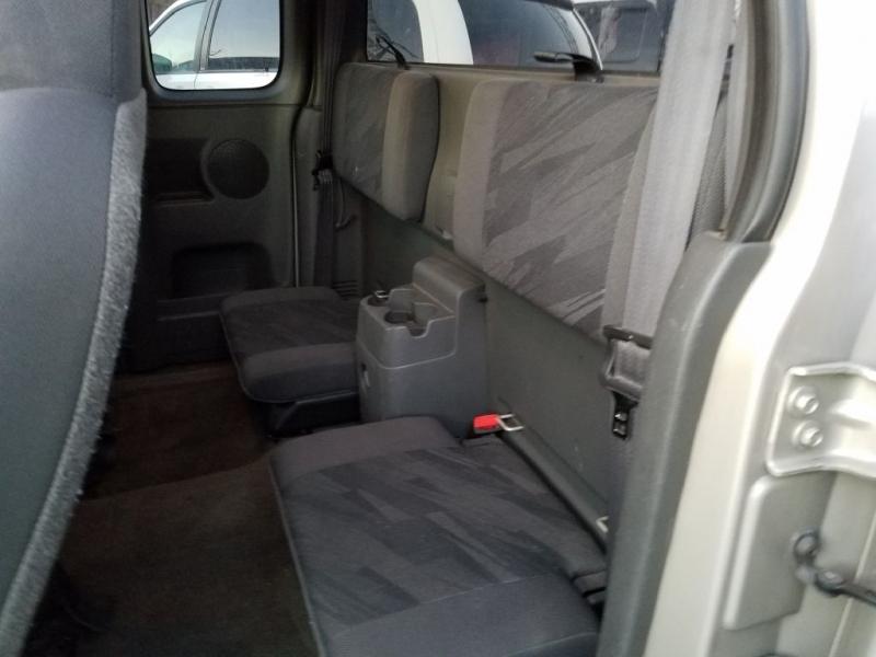 CHEVROLET COLORADO 2004 price $5,995
