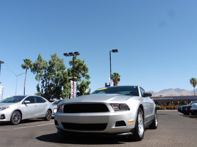 Ford Mustang 2012 price $13,995