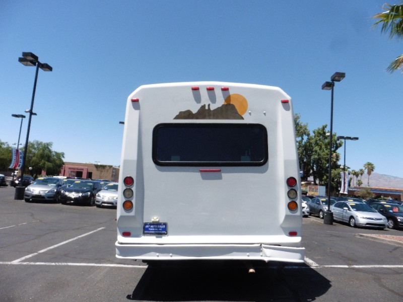 Ford Econoline Commercial Cutaway 2008 price $18,995